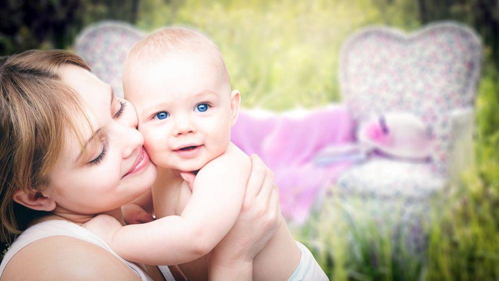 3cec7fc1d Deň matiek slávime 2. májovú nedeľu. Tento rok pripadá na 12. 5. Citátov na  túto tému nikdy nie je dosť, a preto vám prinášame tie najkrajšie slová o  vašej ...