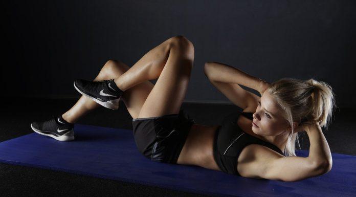 cvičiť brušné svaly